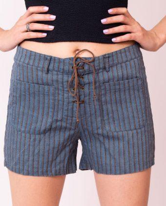 Pantaloni scurti cu snur marime M